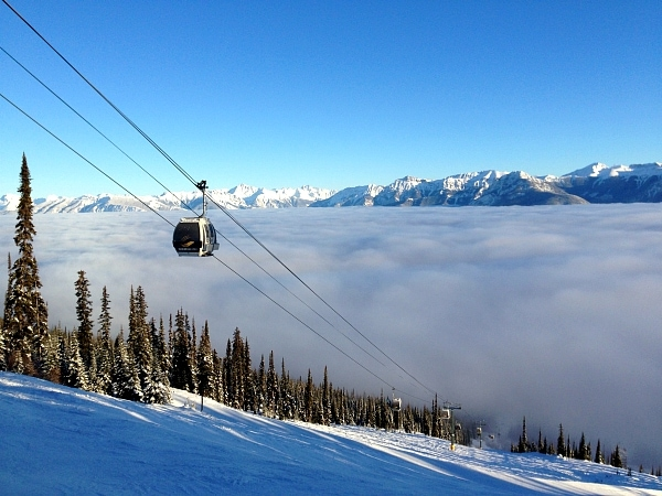 Kicking horse ski resort