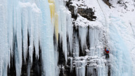 Winter Hiking to Johnston Canyon's Frozen Waterfalls