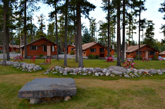 Jasper Accommodations - Beckers Chalets Cabins in Jasper