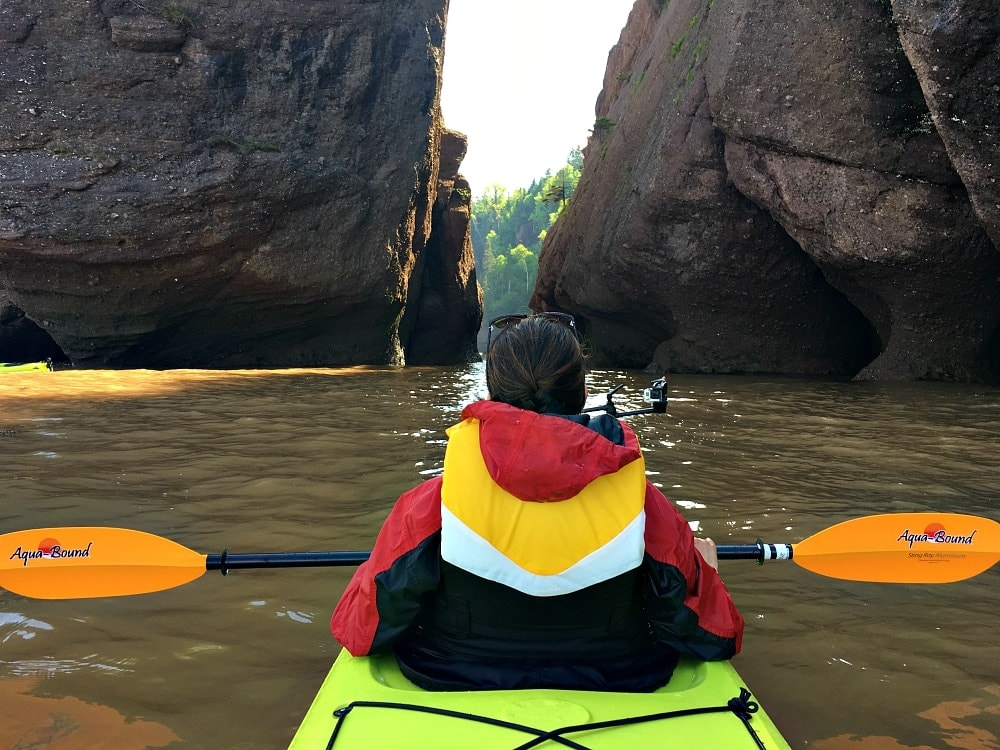 kayaking hopewell rocks
