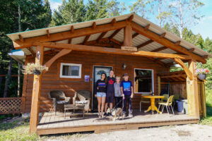 where to stay in crowsnest pass Adanac Adventures