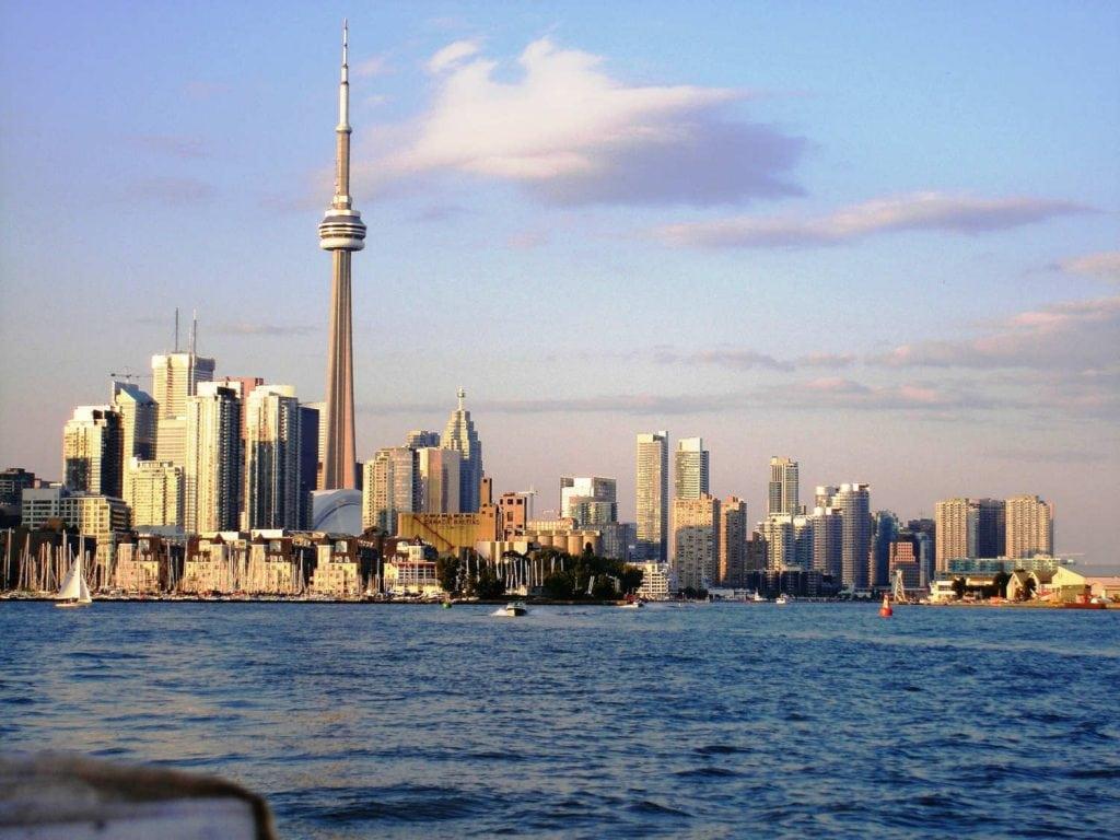 Toronto Skyline 1024x768
