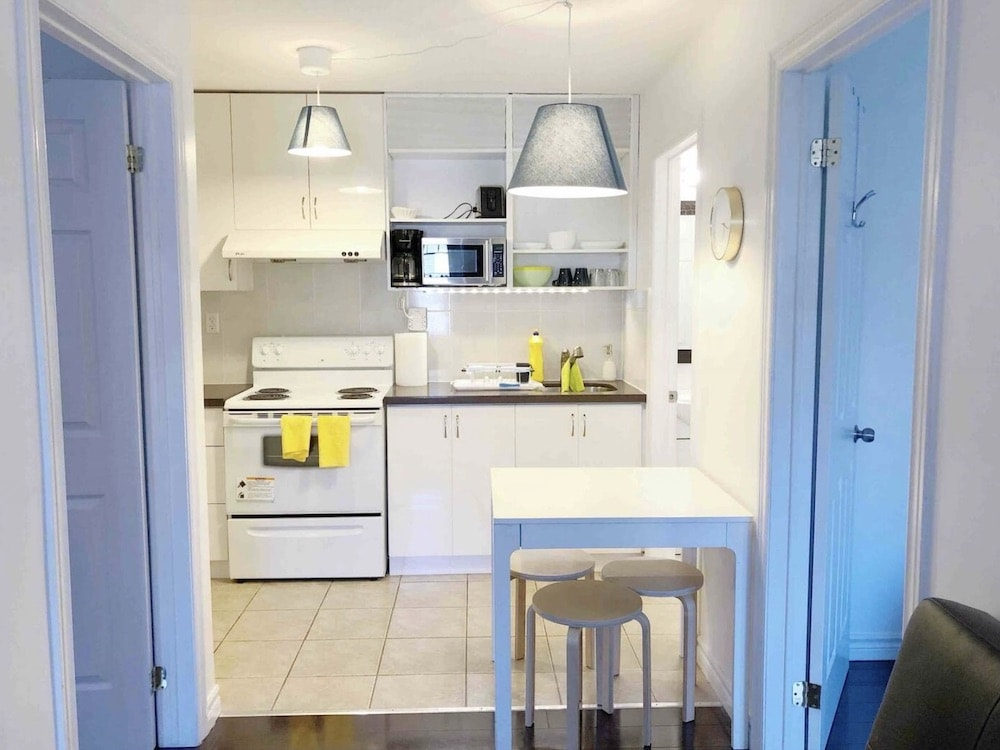 best budget airbnbs in toronto
