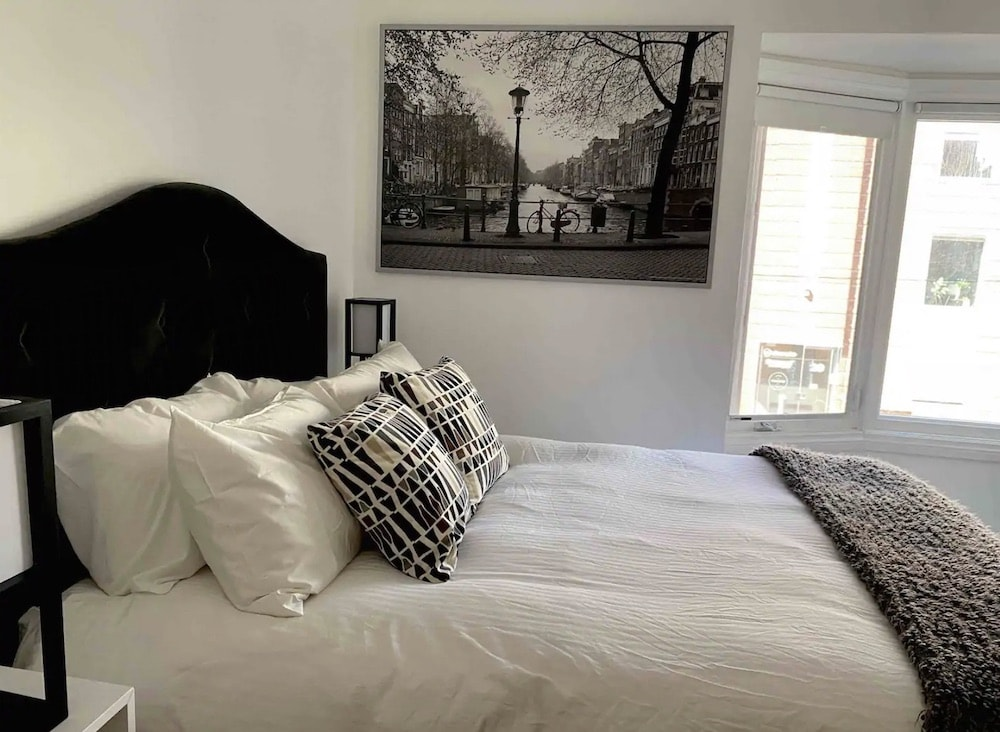 Best family airbnbs in Toronto
