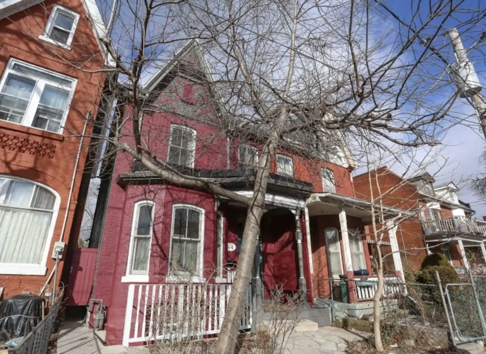 Toronto Airbnbs for Families