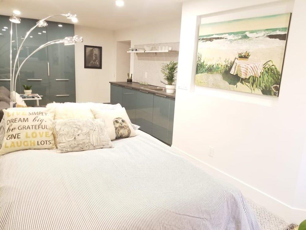 calgary airbnb in bridgeland