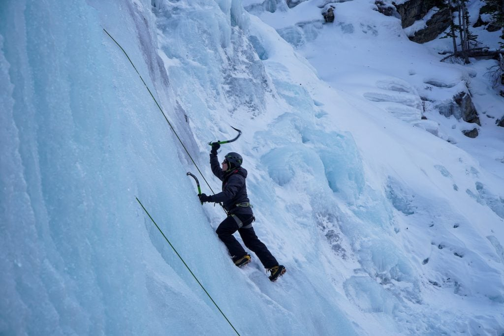 Jasper Winter - Ice Climbing Icefields Parkway