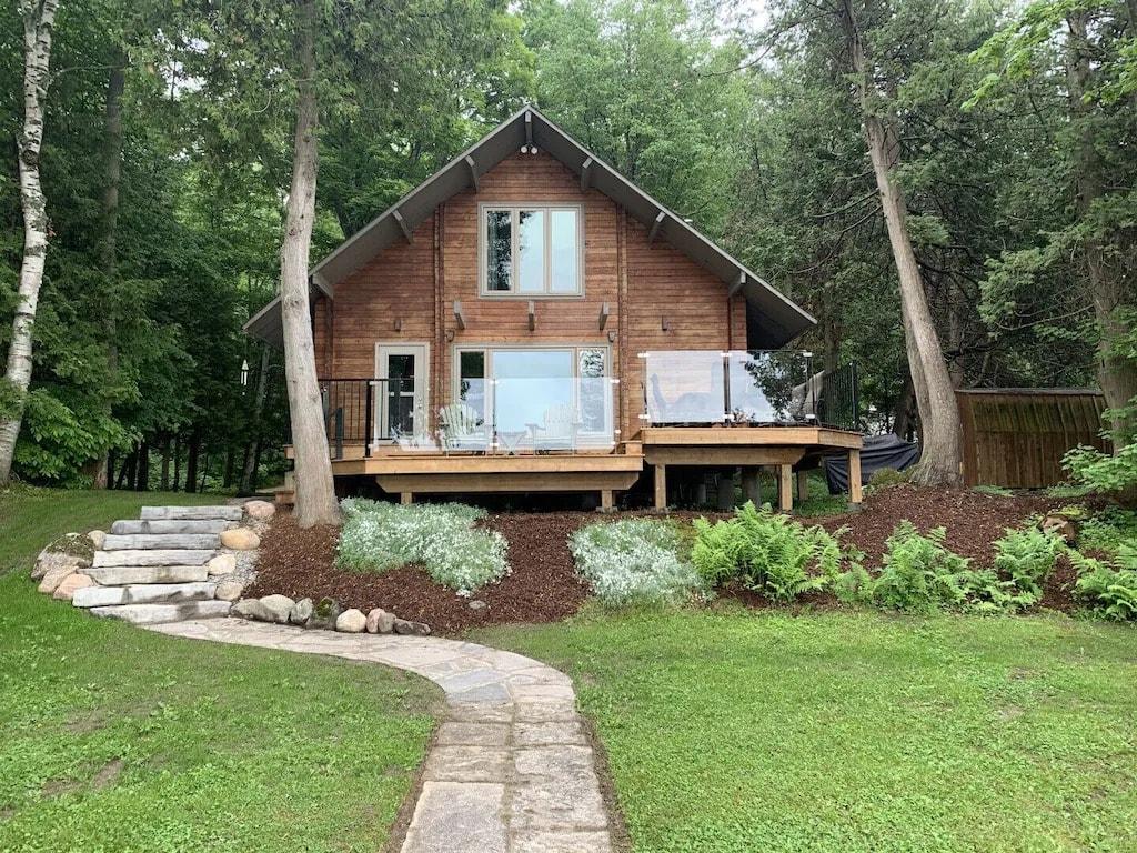 unique cabin rentals in Ontario.