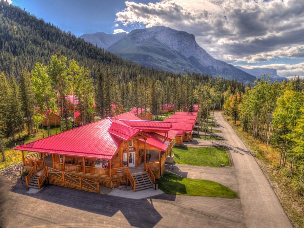 Jasper East Cabin rentals in Alberta.