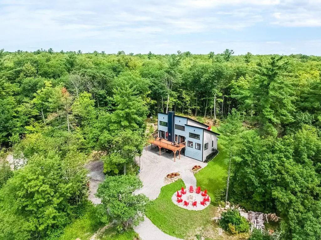 cottage rentals in Ontario near Ottawa.