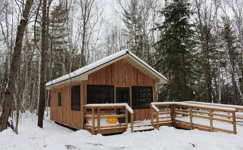 cabin rentals in Ontario in Killarney provincial park.
