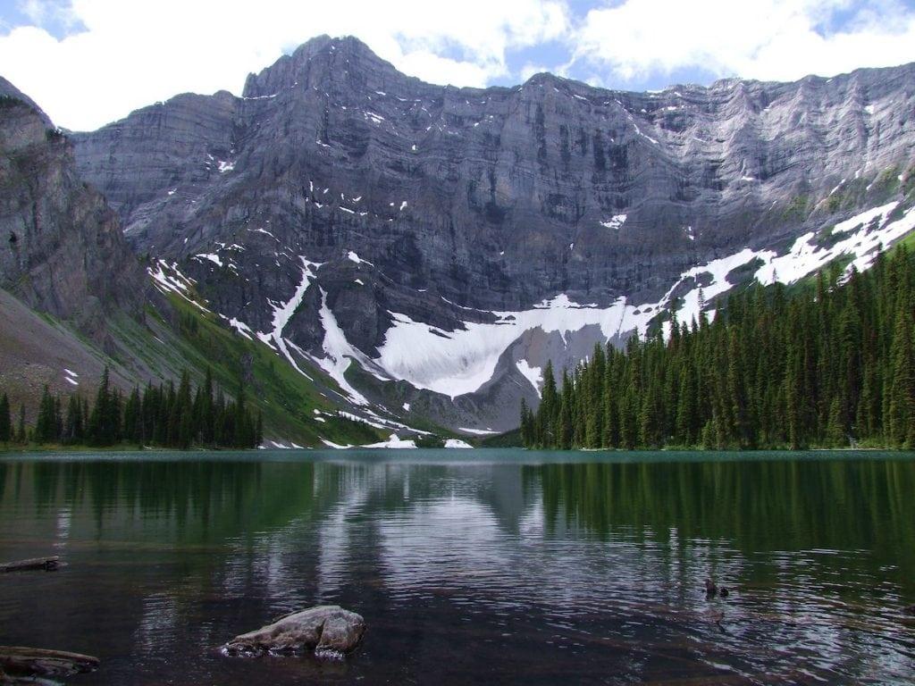 Best Easy Hikes in Kananaskis: Rawson Lake